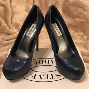 Steve Madden Nala Blu Snake heels